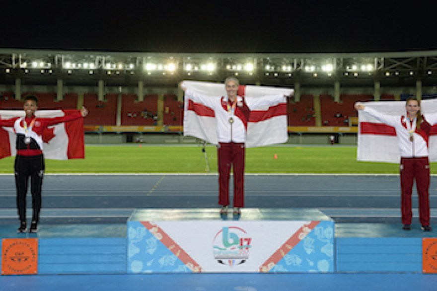 Holly Mills leads the way again as England win nine medals on day three